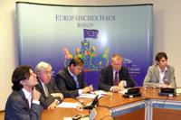 Sven Hätscher, John Kornblum, J.-F. Kallmorgen, Ruprecht Polenz, Jens Jennsen (vl.)